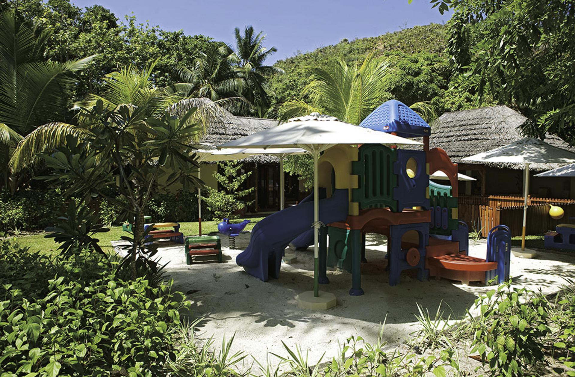 100 constance lemuria seychelles constance lemuria for Econo meuble laval